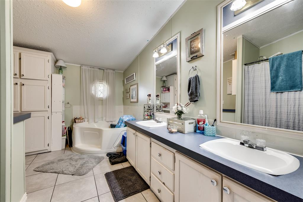 6551 Ridge Court, Terrell, Texas 75160 - acquisto real estate best realtor westlake susan cancemi kind realtor of the year