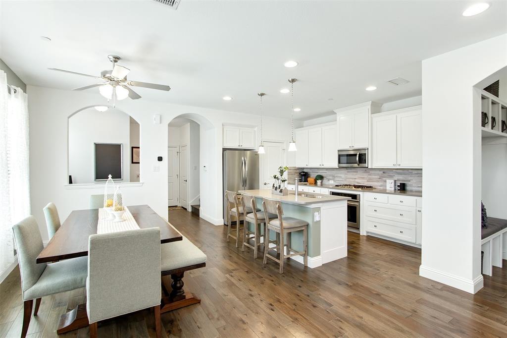 4670 Rhett Lane, Carrollton, Texas 75010 - acquisto real estate best prosper realtor susan cancemi windfarms realtor