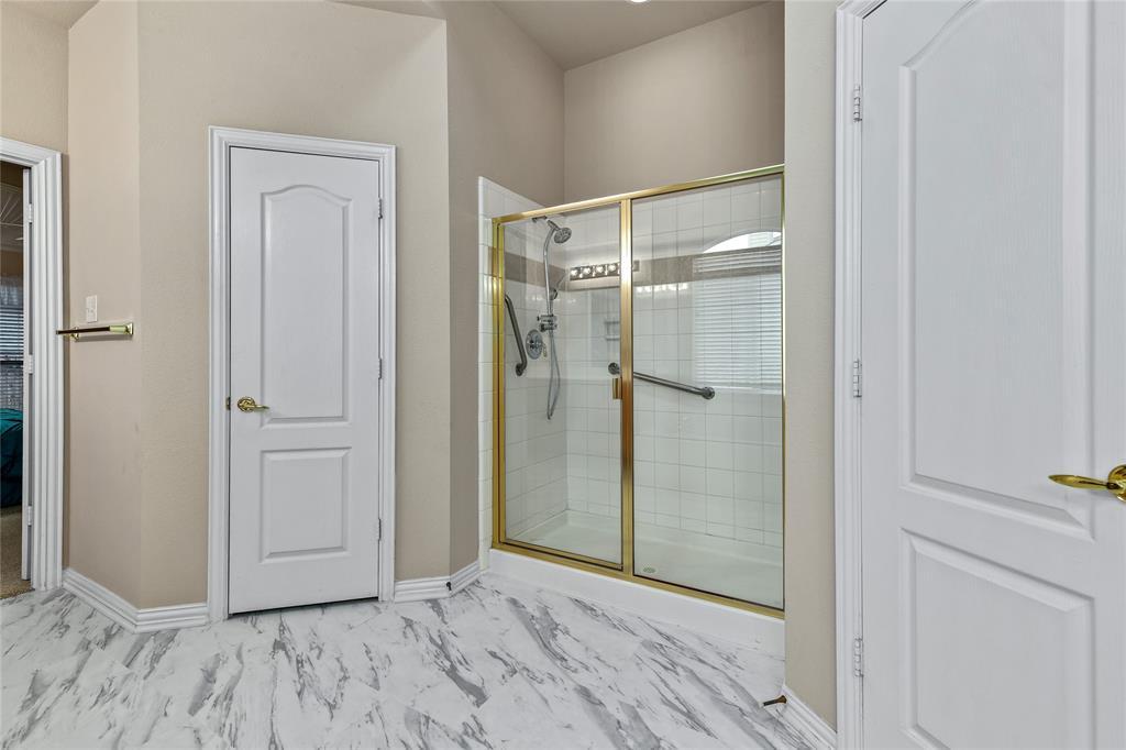2117 Woodview Drive, Flower Mound, Texas 75028 - acquisto real estate best realtor dfw jody daley liberty high school realtor