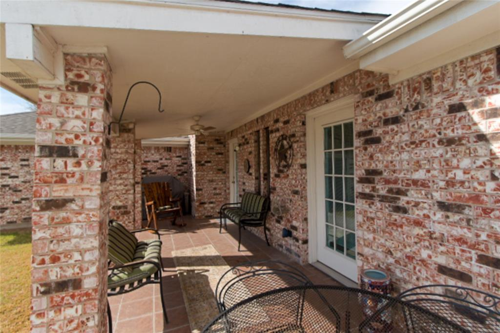 9657 Lea Shore Street, Fort Worth, Texas 76179 - acquisto real estate best realtor dallas texas linda miller agent for cultural buyers