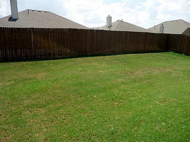 2207 Clark Trail, Grand Prairie, Texas 75052 - acquisto real estate best realtor foreclosure real estate mike shepeherd walnut grove realtor