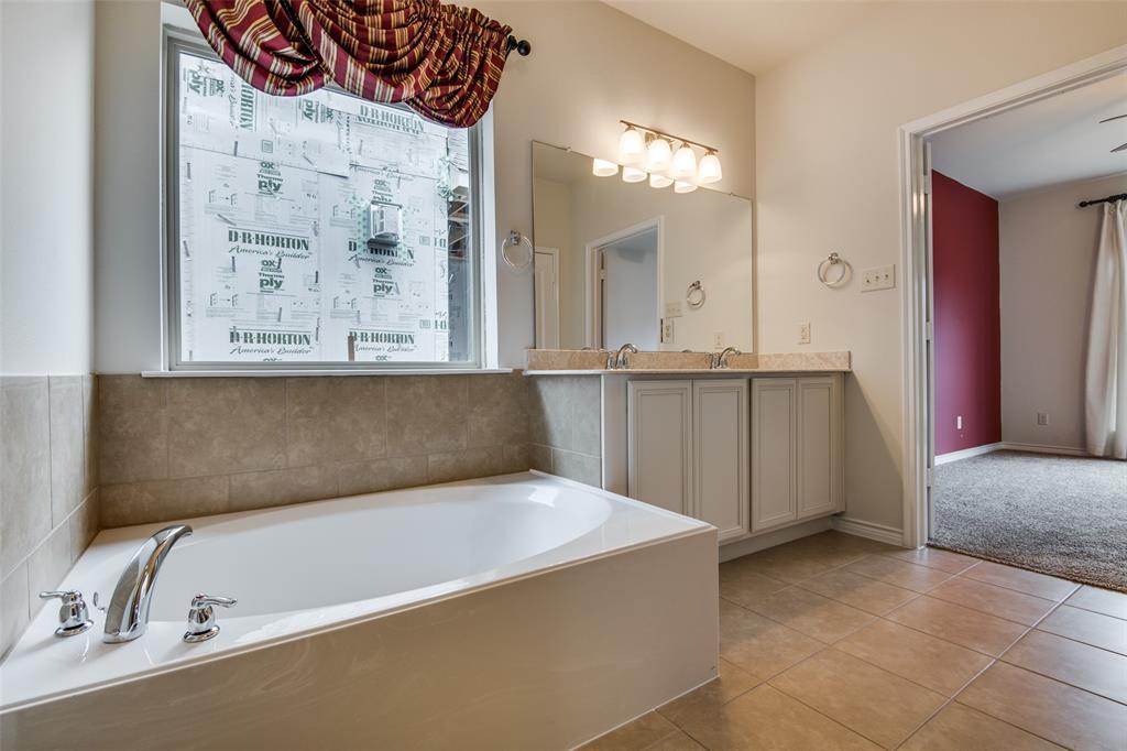 9812 Copperhead Lane, McKinney, Texas 75071 - acquisto real estate best new home sales realtor linda miller executor real estate