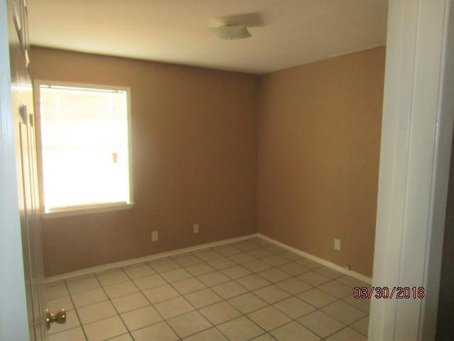 816 Crockett  Street, Sherman, Texas 75090 - acquisto real estate best allen realtor kim miller hunters creek expert