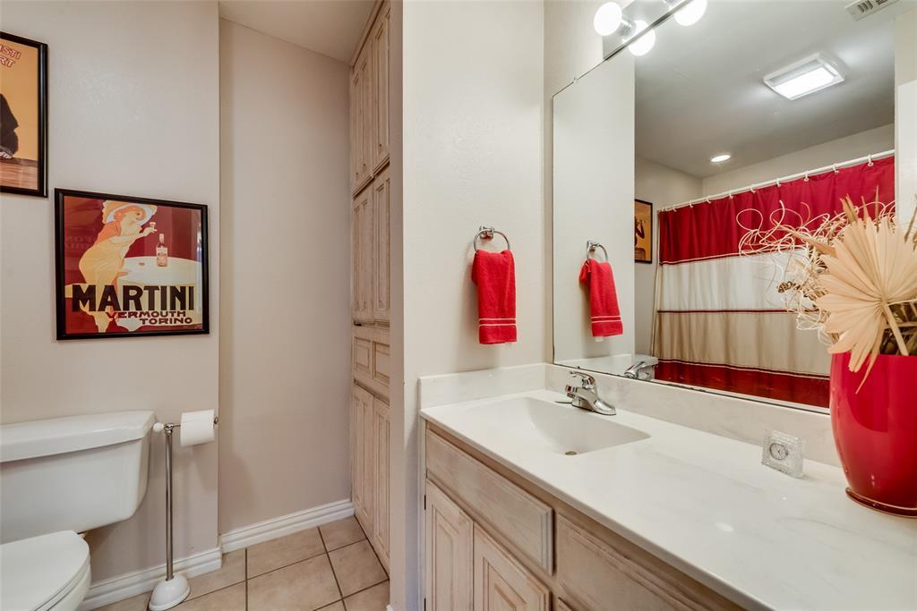 1506 Canterbury Court, Grand Prairie, Texas 75050 - acquisto real estate best photo company frisco 3d listings