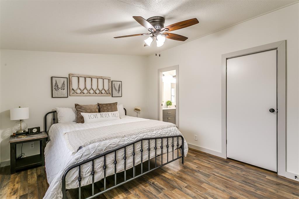 5925 Wild Berry  Trail, Joshua, Texas 76058 - acquisto real estate best photo company frisco 3d listings
