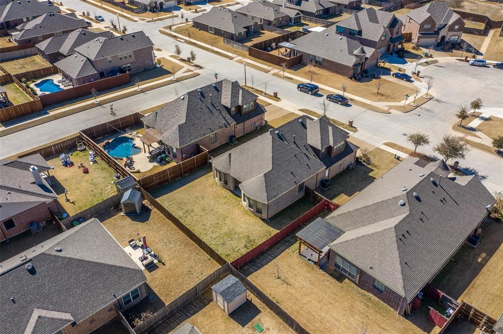 4021 Roxbury Street, Denton, Texas 76210 - acquisto real estate best park cities realtor kim miller best staging agent
