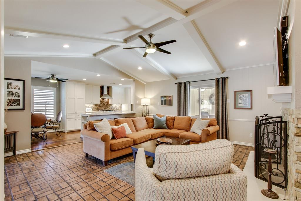 2412 Custer  Parkway, Richardson, Texas 75080 - acquisto real estate best frisco real estate broker in texas for high net worth buyers
