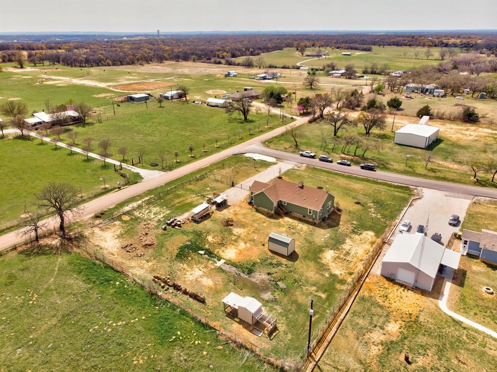 100 Mccrae  Lane, Boyd, Texas 76023 - acquisto real estate best realtor dallas texas linda miller agent for cultural buyers