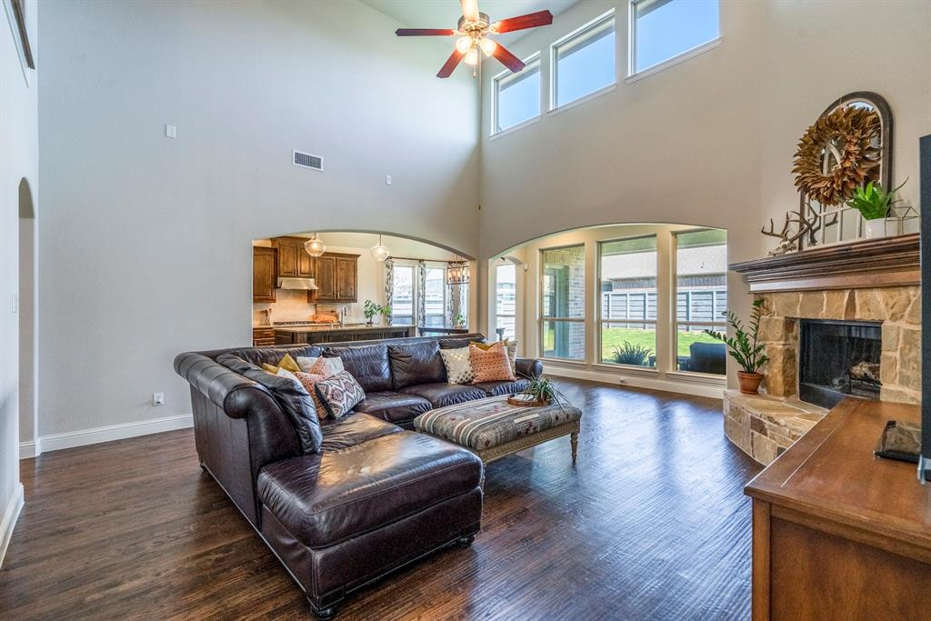 837 Fireside  Drive, Little Elm, Texas 76227 - acquisto real estate best real estate company in frisco texas real estate showings