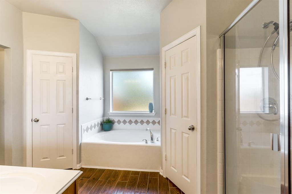11210 Country Ridge  Lane, Forney, Texas 75126 - acquisto real estate best park cities realtor kim miller best staging agent