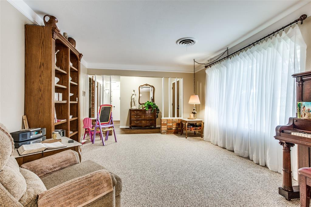 3804 Wosley Drive, Fort Worth, Texas 76133 - acquisto real estate best the colony realtor linda miller the bridges real estate