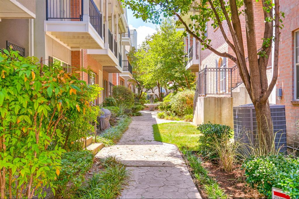 5800 La Vista Drive, Dallas, Texas 75206 - acquisto real estate best photo company frisco 3d listings
