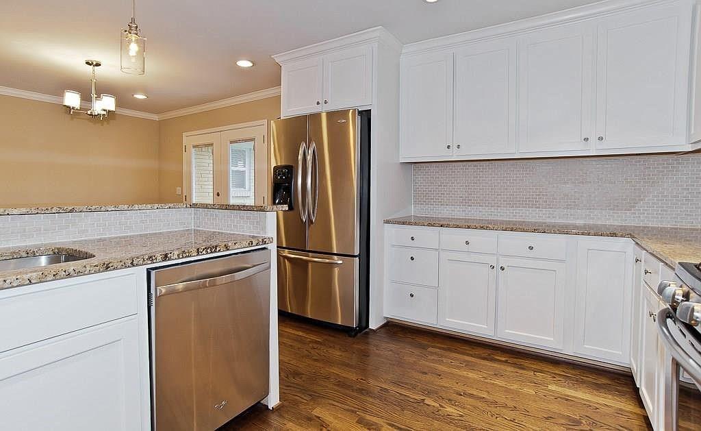 2360 Peavy  Place, Dallas, Texas 75228 - acquisto real estate best highland park realtor amy gasperini fast real estate service