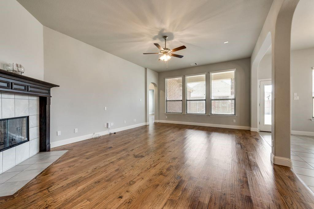 420 Foxtail Court, Waxahachie, Texas 75165 - acquisto real estate best flower mound realtor jody daley lake highalands agent of the year