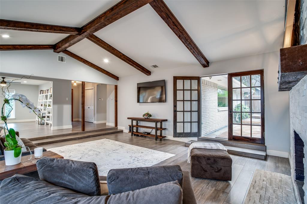 11727 Welch Road, Dallas, Texas 75229 - acquisto real estate best real estate company to work for