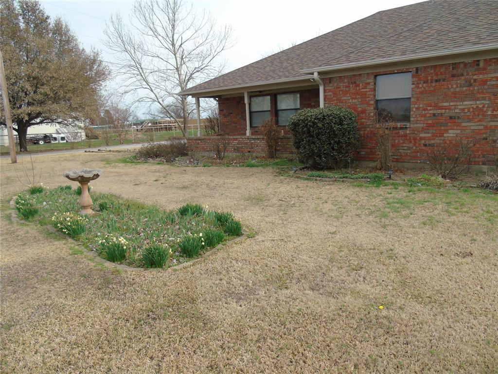 768 Sadler Road, Whitesboro, Texas 76273 - acquisto real estate best the colony realtor linda miller the bridges real estate