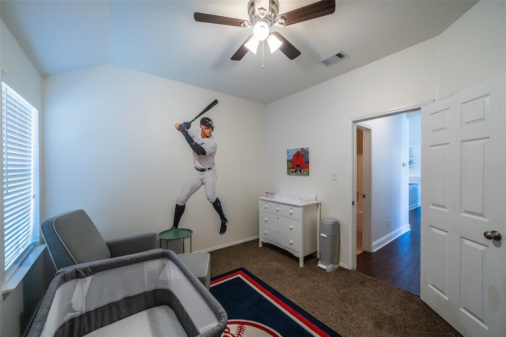 1643 Hillside  Drive, Waxahachie, Texas 75165 - acquisto real estate best realtor foreclosure real estate mike shepeherd walnut grove realtor