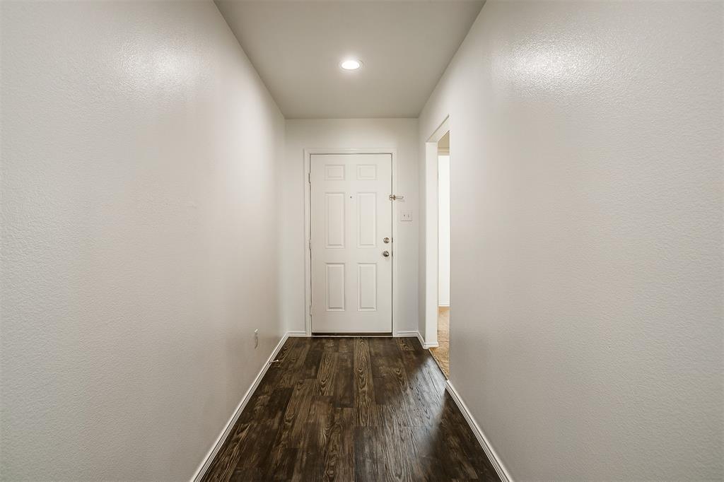 1261 Boxwood Lane, Burleson, Texas 76028 - acquisto real estate best allen realtor kim miller hunters creek expert
