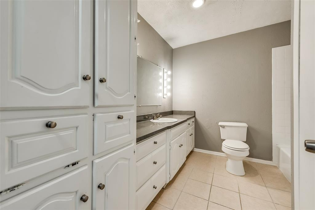1690 Easy  Street, Seagoville, Texas 75159 - acquisto real estate best park cities realtor kim miller best staging agent