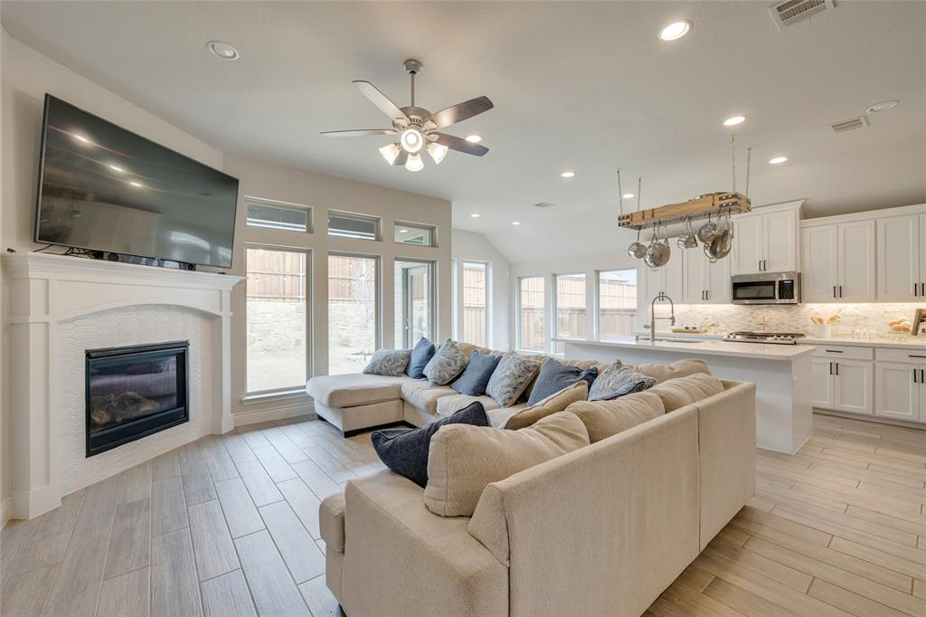 5609 Pradera  Road, Fort Worth, Texas 76126 - acquisto real estate best photos for luxury listings amy gasperini quick sale real estate