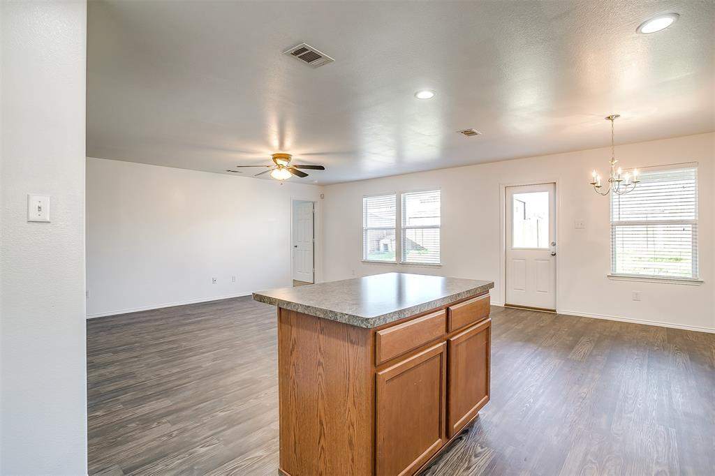 1261 Boxwood Lane, Burleson, Texas 76028 - acquisto real estate best frisco real estate agent amy gasperini panther creek realtor