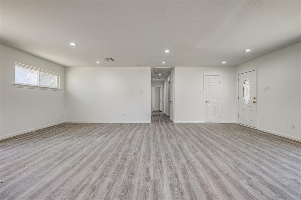 8746 Aldwick Drive, Dallas, Texas 75238 - acquisto real estate best real estate company to work for