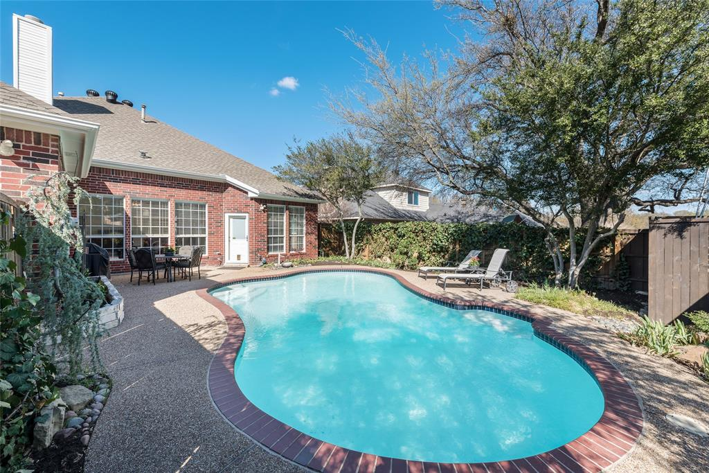 6720 Shadow Crest  Drive, Plano, Texas 75093 - acquisto real estate best realtor foreclosure real estate mike shepeherd walnut grove realtor