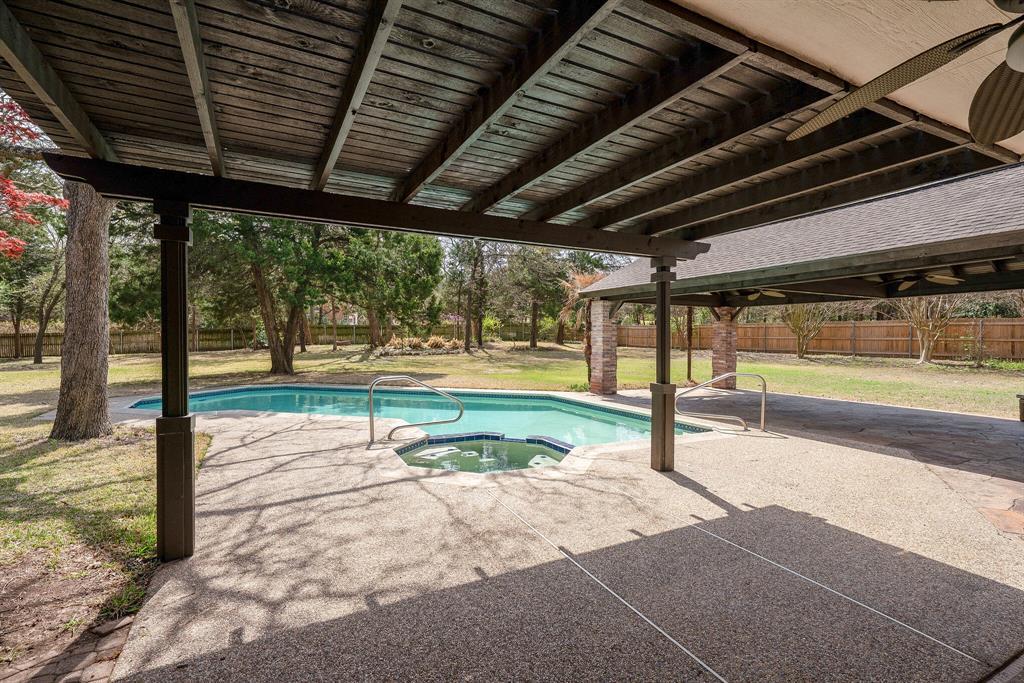 1613 Pheasant Lane, Southlake, Texas 76092 - acquisto real estate agent of the year mike shepherd