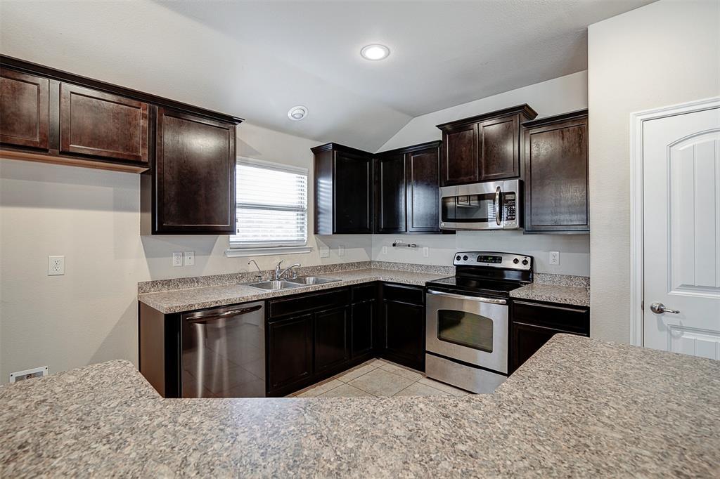 1727 Park Trails Boulevard, Princeton, Texas 75407 - acquisto real estate best highland park realtor amy gasperini fast real estate service
