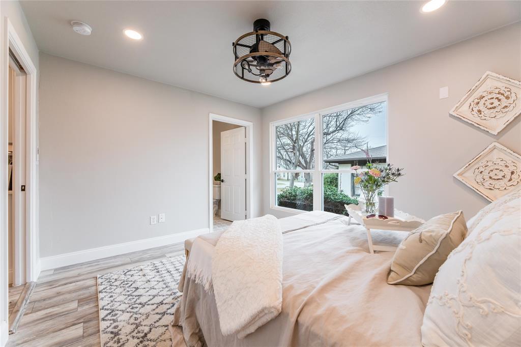 1209 Pine Street, Grapevine, Texas 76051 - acquisto real estate smartest realtor in america shana acquisto