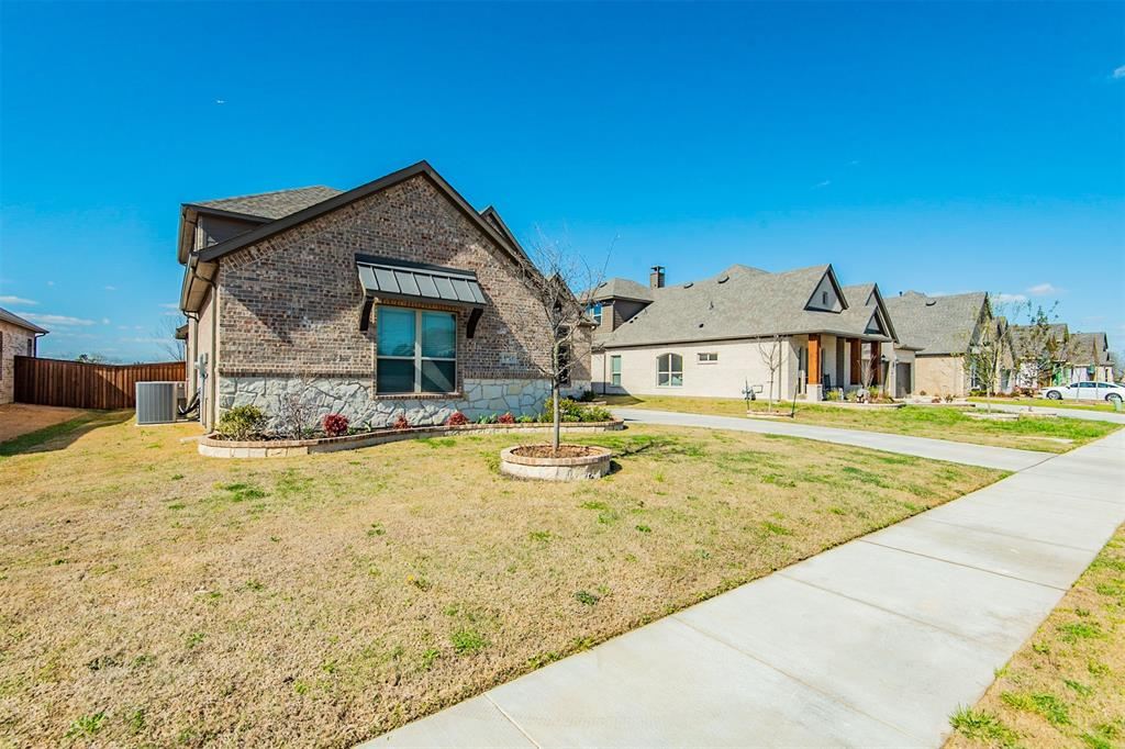1917 Middleton Drive, Mansfield, Texas 76063 - acquisto real estate best realtor westlake susan cancemi kind realtor of the year