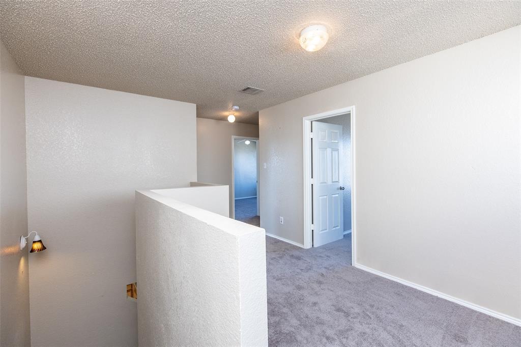 1820 Vineridge Lane, Burleson, Texas 76028 - acquisto real estate best luxury buyers agent in texas shana acquisto inheritance realtor