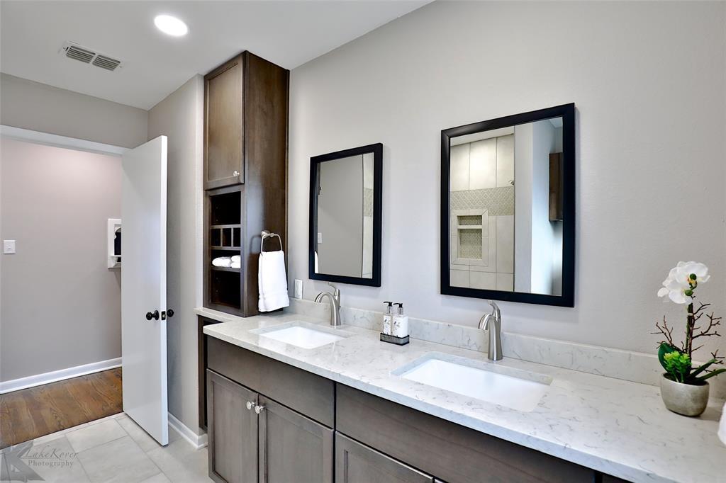 749 Leggett Drive, Abilene, Texas 79605 - acquisto real estate best park cities realtor kim miller best staging agent