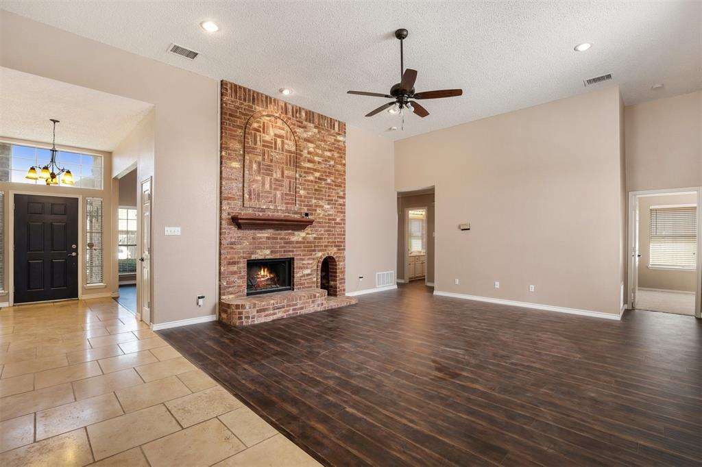2417 Bent Brook Drive, Mesquite, Texas 75181 - acquisto real estate best real estate company in frisco texas real estate showings