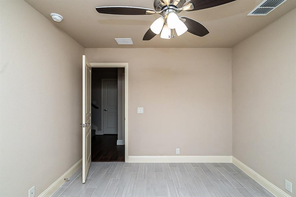 533 Lily  Street, Crowley, Texas 76036 - acquisto real estate best investor home specialist mike shepherd relocation expert