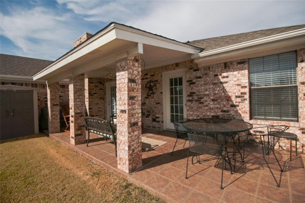 9657 Lea Shore Street, Fort Worth, Texas 76179 - acquisto real estate best realtor westlake susan cancemi kind realtor of the year