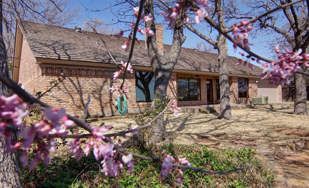 1516 Oak Forest Drive, Graham, Texas 76450 - acquisto real estate best allen realtor kim miller hunters creek expert