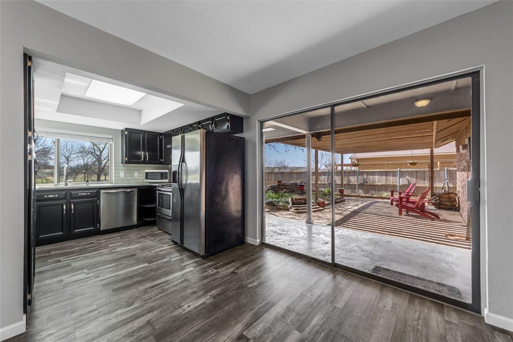 2412 Via Bonita  Carrollton, Texas 75006 - acquisto real estate best listing listing agent in texas shana acquisto rich person realtor