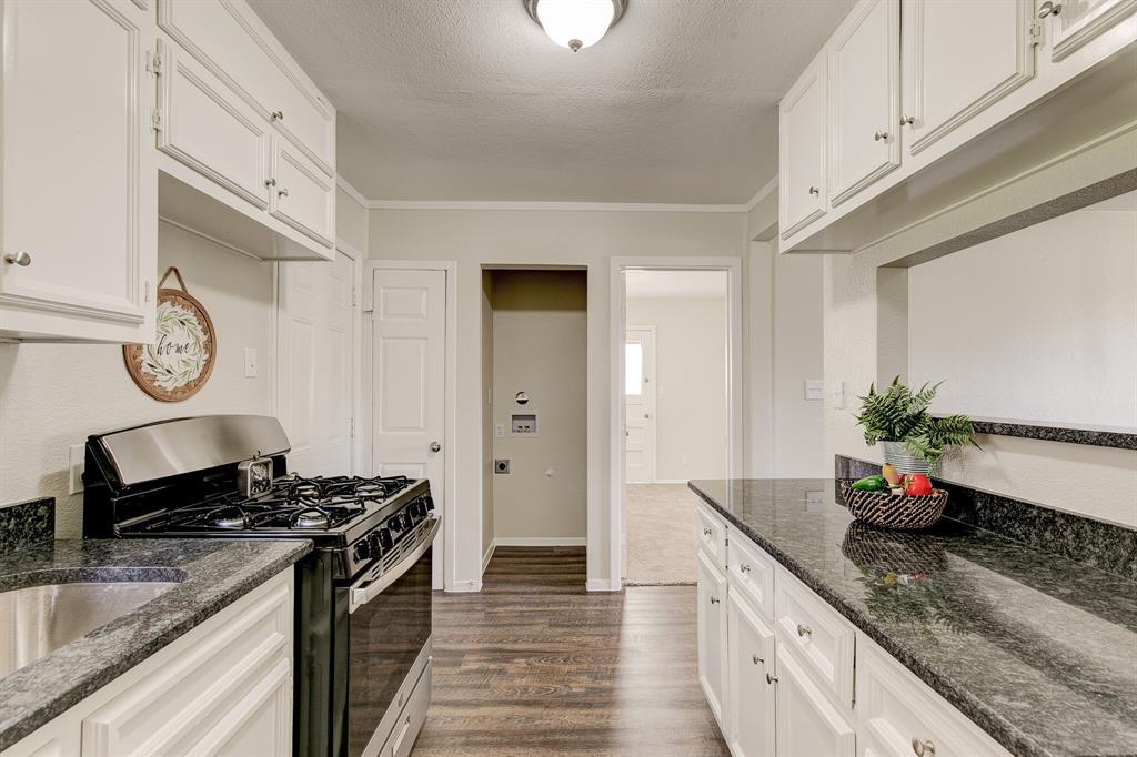 27 Donald Court, Hurst, Texas 76053 - acquisto real estate best new home sales realtor linda miller executor real estate
