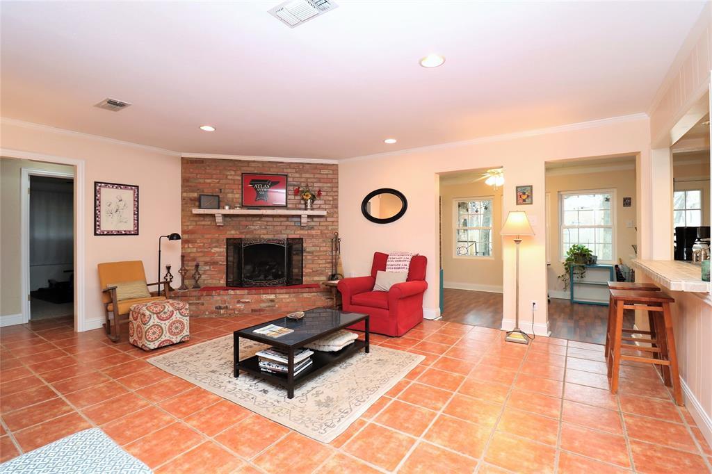 3406 Lynnwood Court, Arlington, Texas 76013 - acquisto real estate best designer and realtor hannah ewing kind realtor