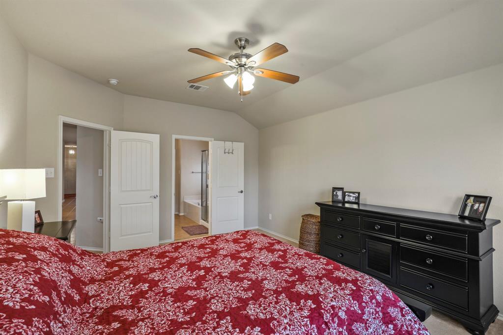 5040 Diamond Peak Court, McKinney, Texas 75071 - acquisto real estate best frisco real estate agent amy gasperini panther creek realtor