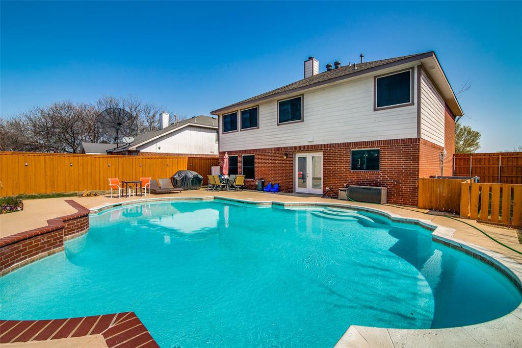 6109 Iris Drive, Rowlett, Texas 75089 - acquisto real estate best luxury home specialist shana acquisto