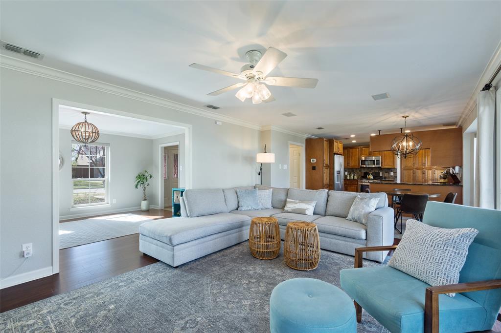 2716 Ponderosa Pine Drive, Flower Mound, Texas 75028 - acquisto real estate best prosper realtor susan cancemi windfarms realtor