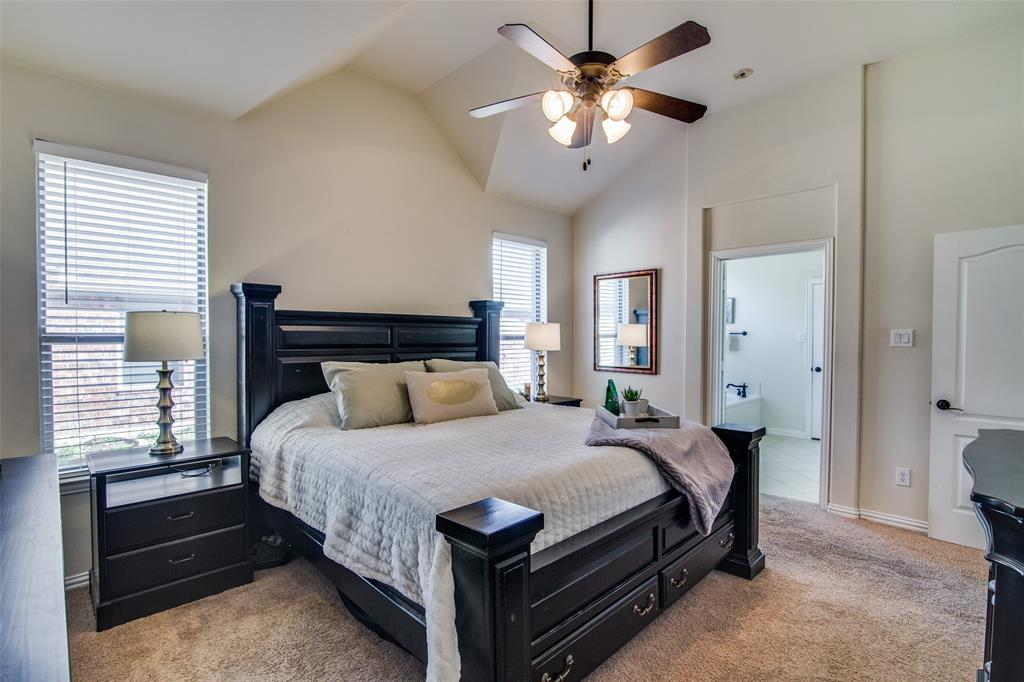 4806 Snowdrop Drive, Garland, Texas 75043 - acquisto real estate best photos for luxury listings amy gasperini quick sale real estate