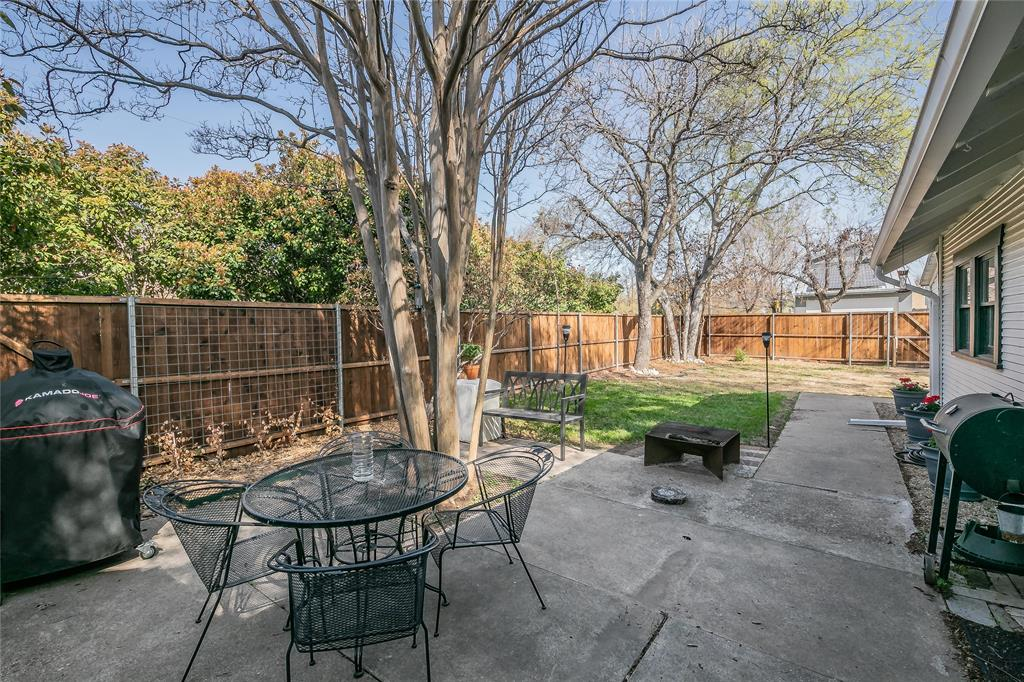 5136 Collinwood Avenue, Fort Worth, Texas 76107 - acquisto real estate mvp award real estate logan lawrence