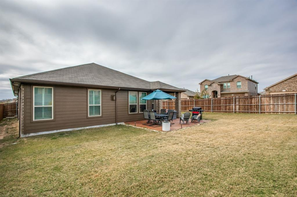2801 Saddle Creek Drive, Fort Worth, Texas 76177 - acquisto real estate best frisco real estate agent amy gasperini panther creek realtor