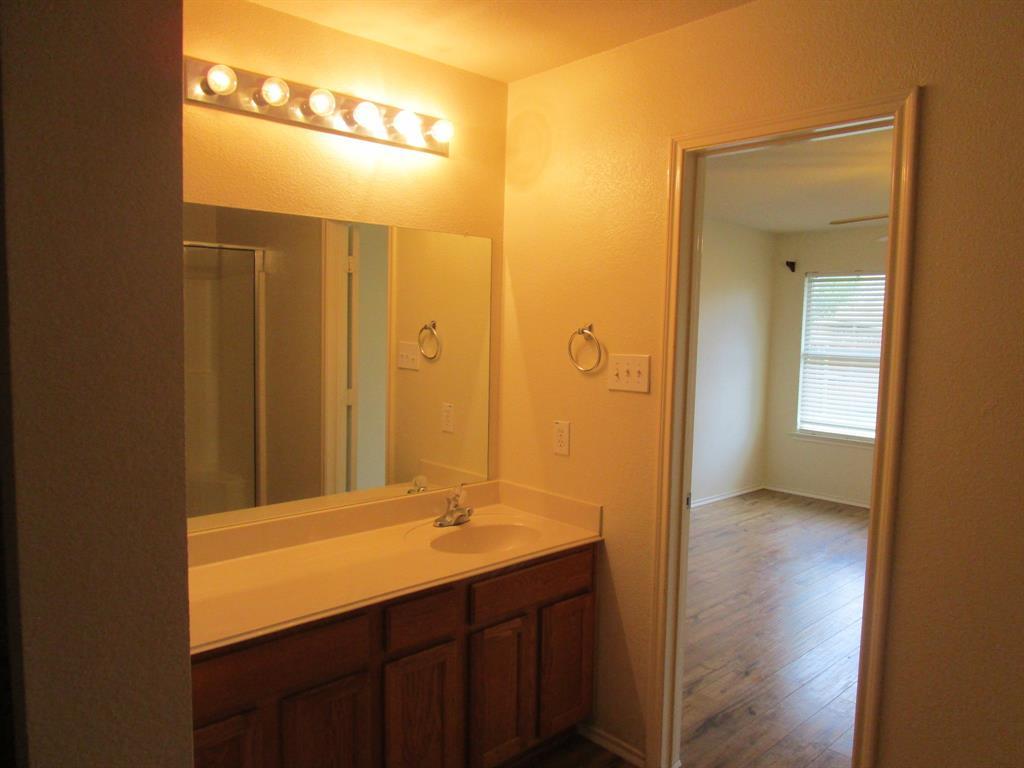2050 Old Glory Lane, Heartland, Texas 75126 - acquisto real estate best listing photos hannah ewing mckinney real estate expert