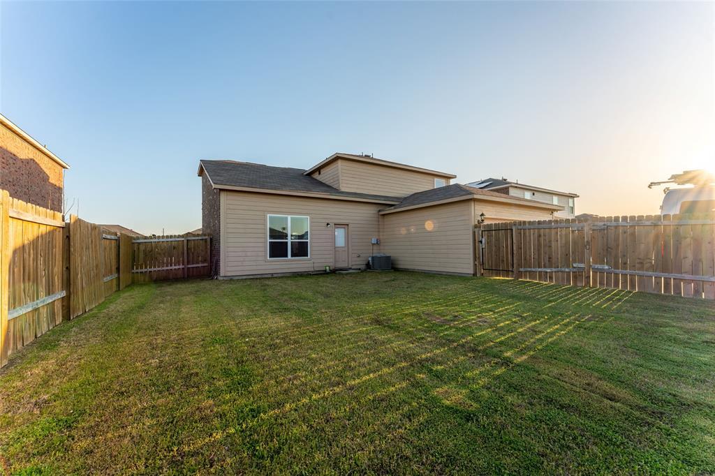 9835 Whistler  Drive, Dallas, Texas 75217 - acquisto real estate best plano real estate agent mike shepherd