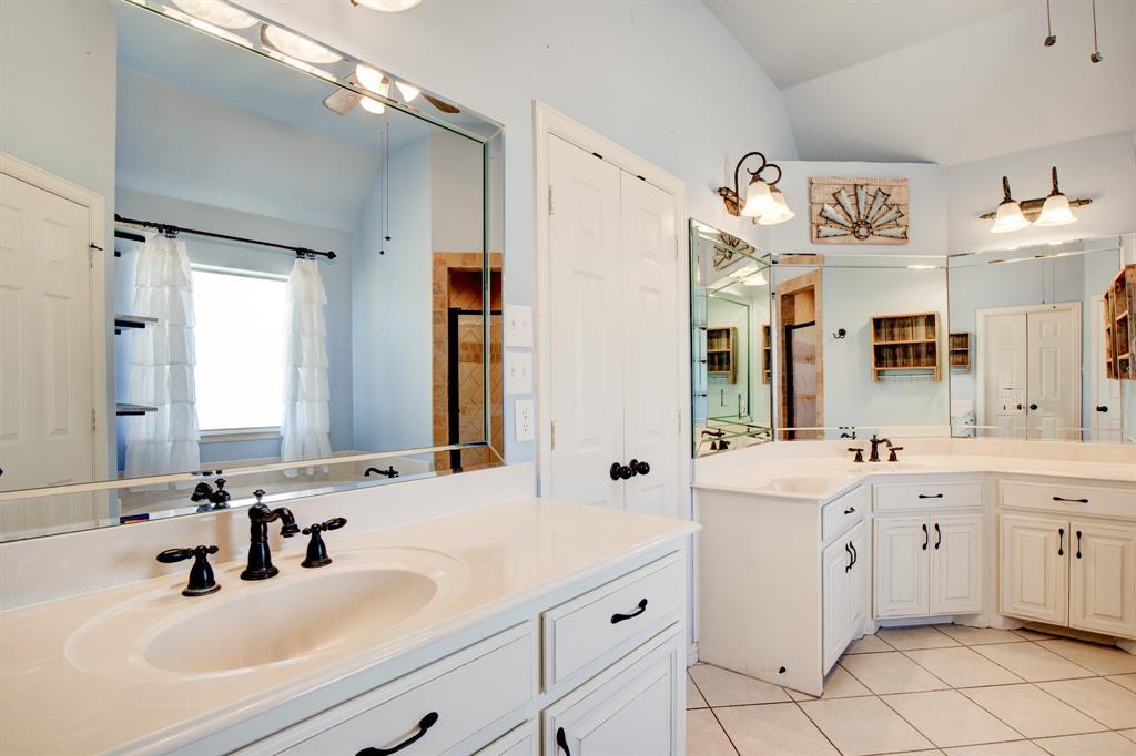 4400 Silver Mesa Lane, Fort Worth, Texas 76108 - acquisto real estate best realtor dfw jody daley liberty high school realtor