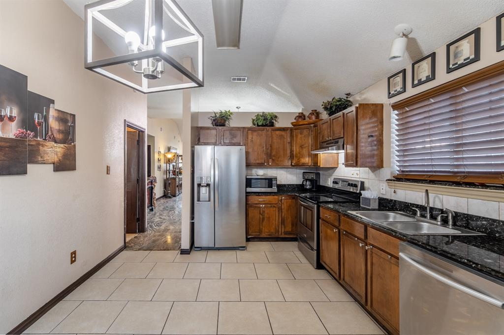 3314 Wilmington  Drive, Grand Prairie, Texas 75052 - acquisto real estate best real estate follow up system katy mcgillen